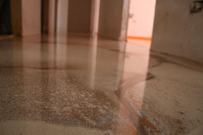 resina pavimenti effetto marmo